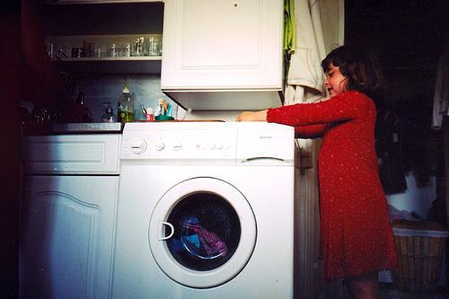 podłączona pralka